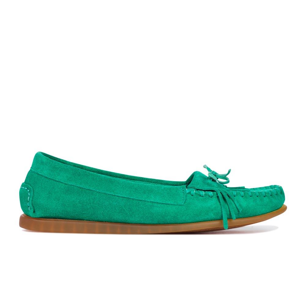 Замшевые мокасины темно-бирюзового цвета с бахромойМокасины женские<br><br>Материал верха: Замша<br>Материал подкладки: Кожа<br>Материал подошвы: Полиуретан<br>Цвет: Зеленый<br>Высота каблука: 0 см<br>Дизайн: Италия<br>Страна производства: Китай<br><br>Высота каблука: 0 см<br>Материал верха: Замша<br>Материал подкладки: Кожа<br>Цвет: Зеленый<br>Пол: Женский<br>Вес кг: 1.00000000<br>Выберите размер обуви: 35**