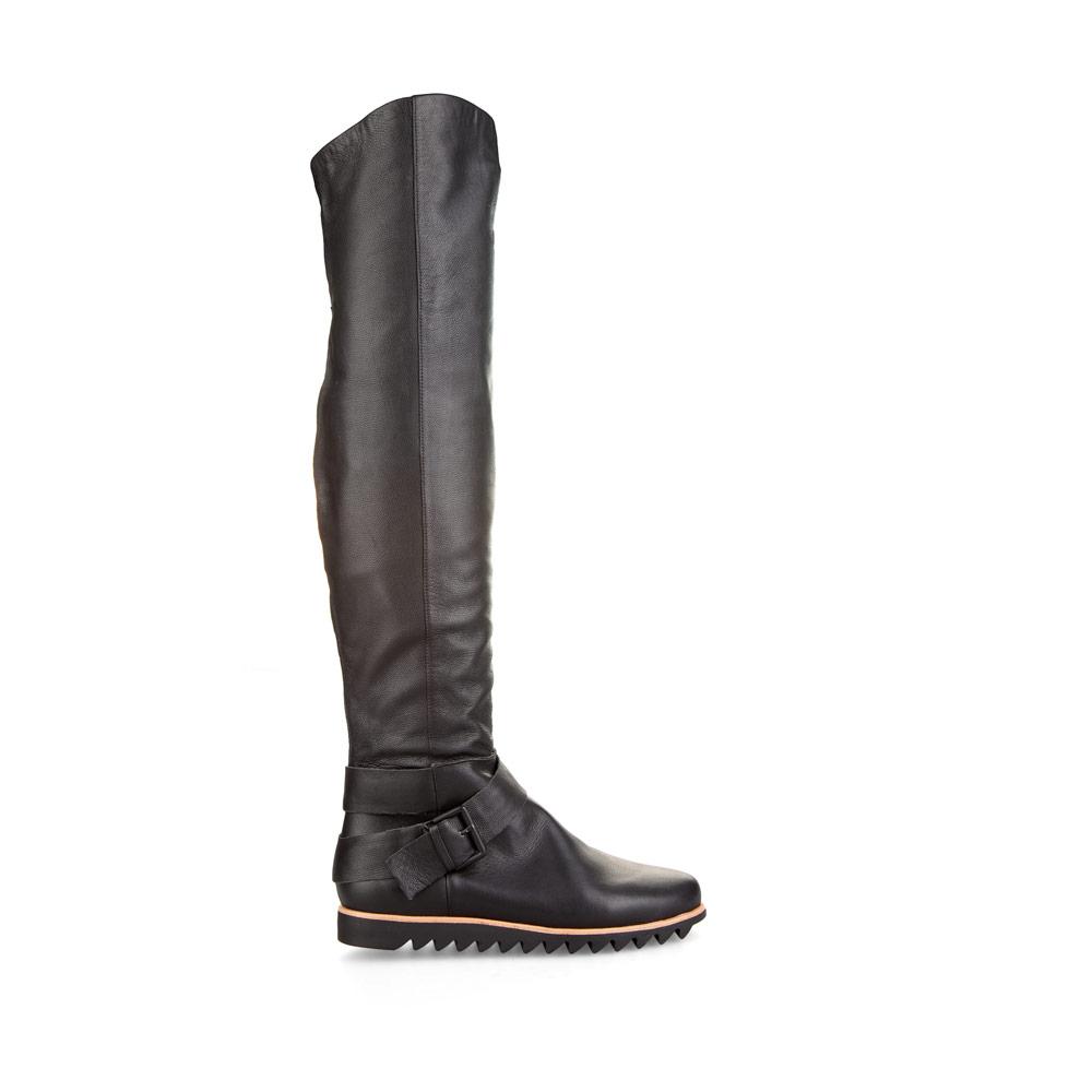 CORSOCOMO Ботфорты черного цвета из кожи на протекторной подошве с мехом 50-504-10021G