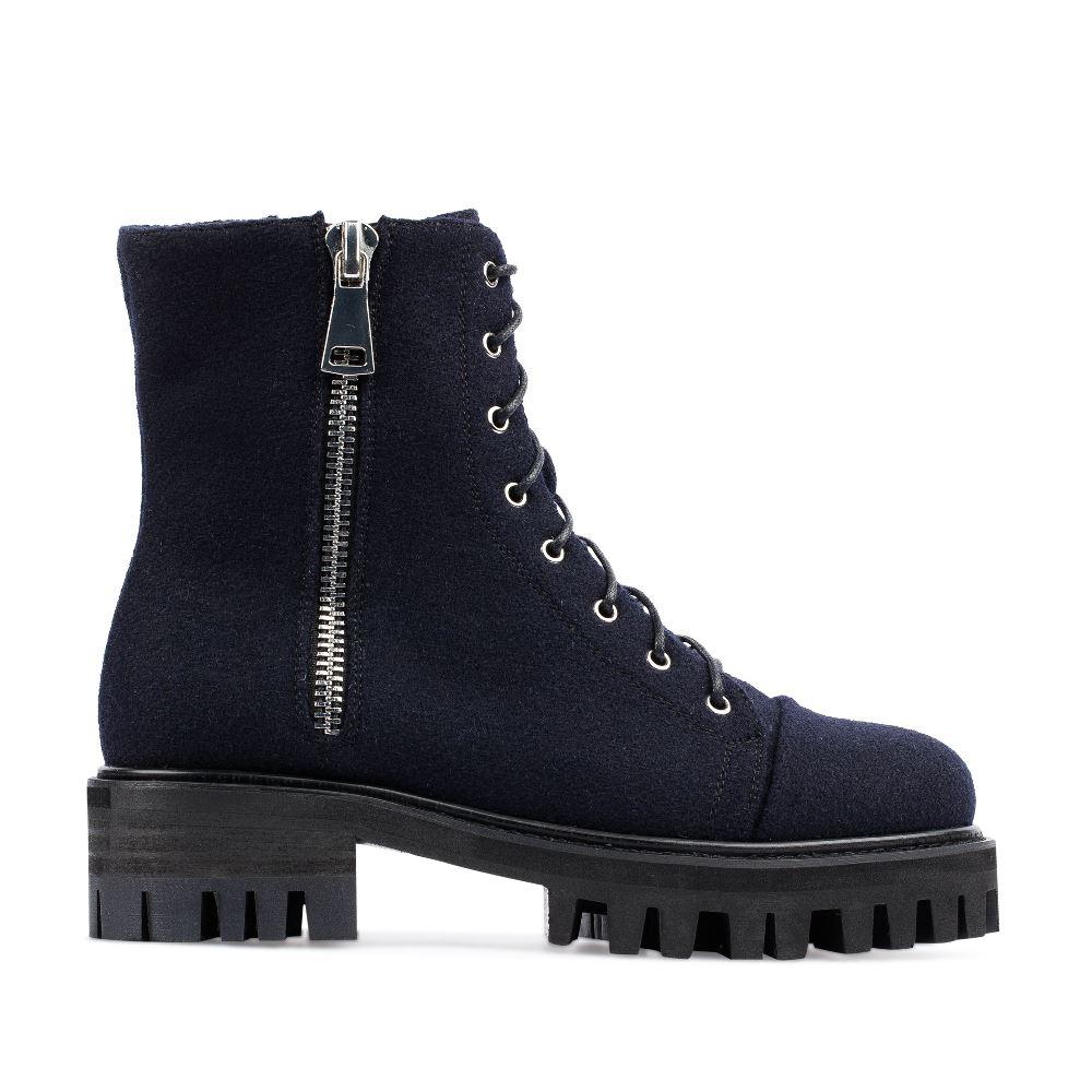 Высокие ботинки из шерсти синего цвета