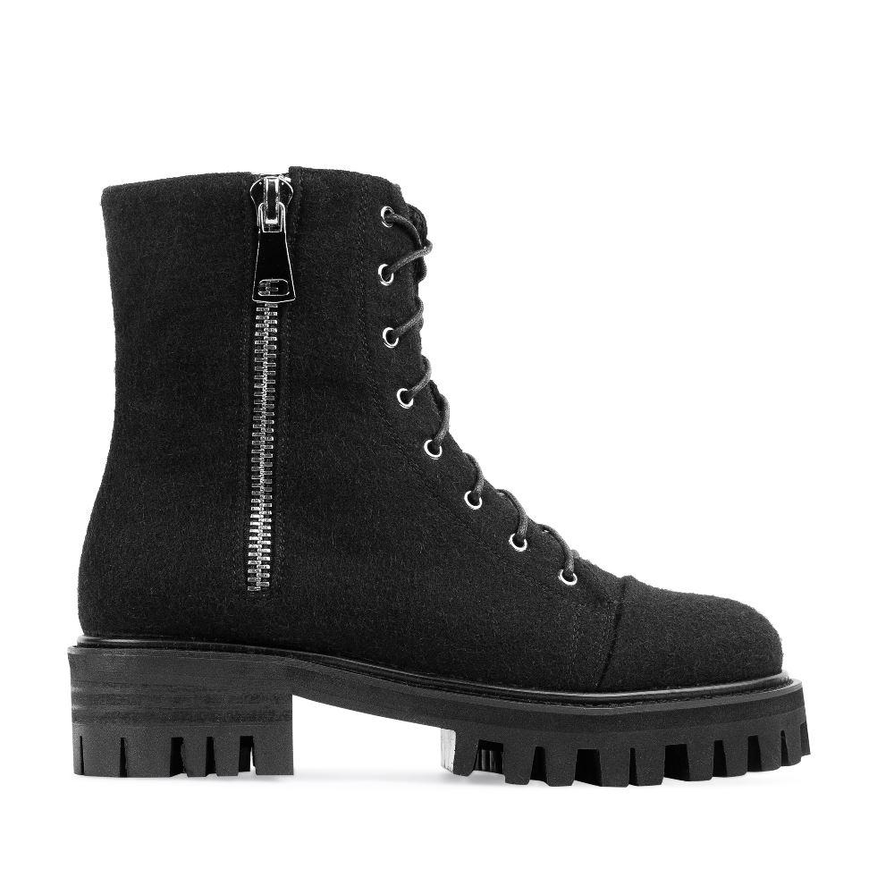 Высокие ботинки из шерсти черного цвета