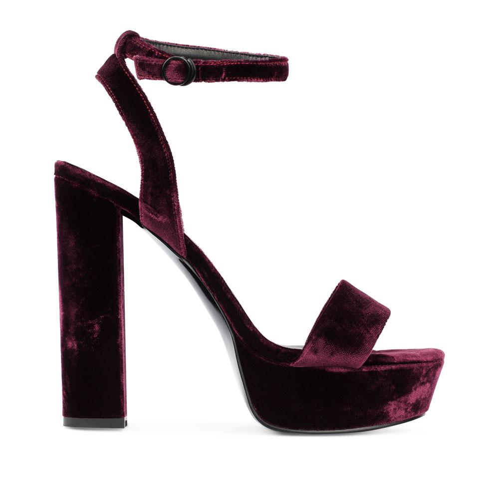 CORSOCOMO Босоножки из бархата сливового цвета на высоком каблуке 52-208-C472-2