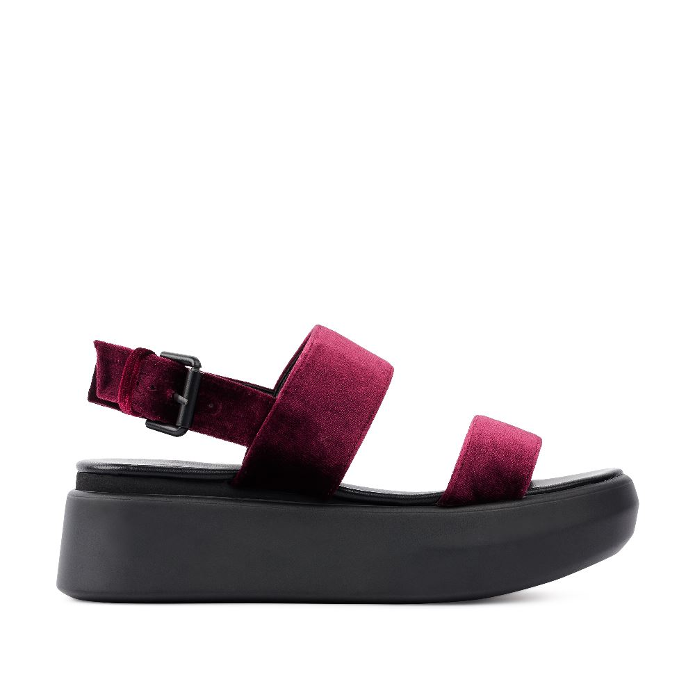 Женские сандалии CorsoComo (Корсо Комо) Сандалии из бархата винного цвета на высокой подошве