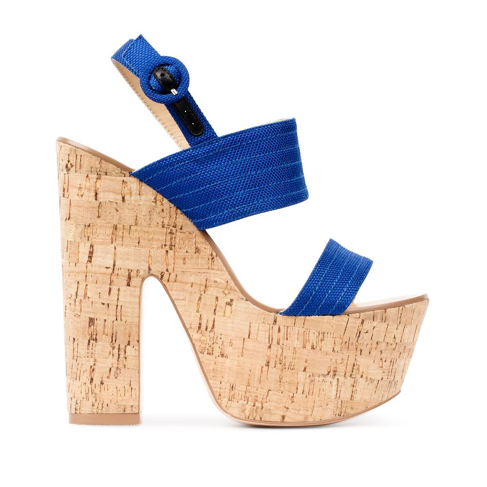 Босоножки на пробковой платформе и каблуке синего цвета