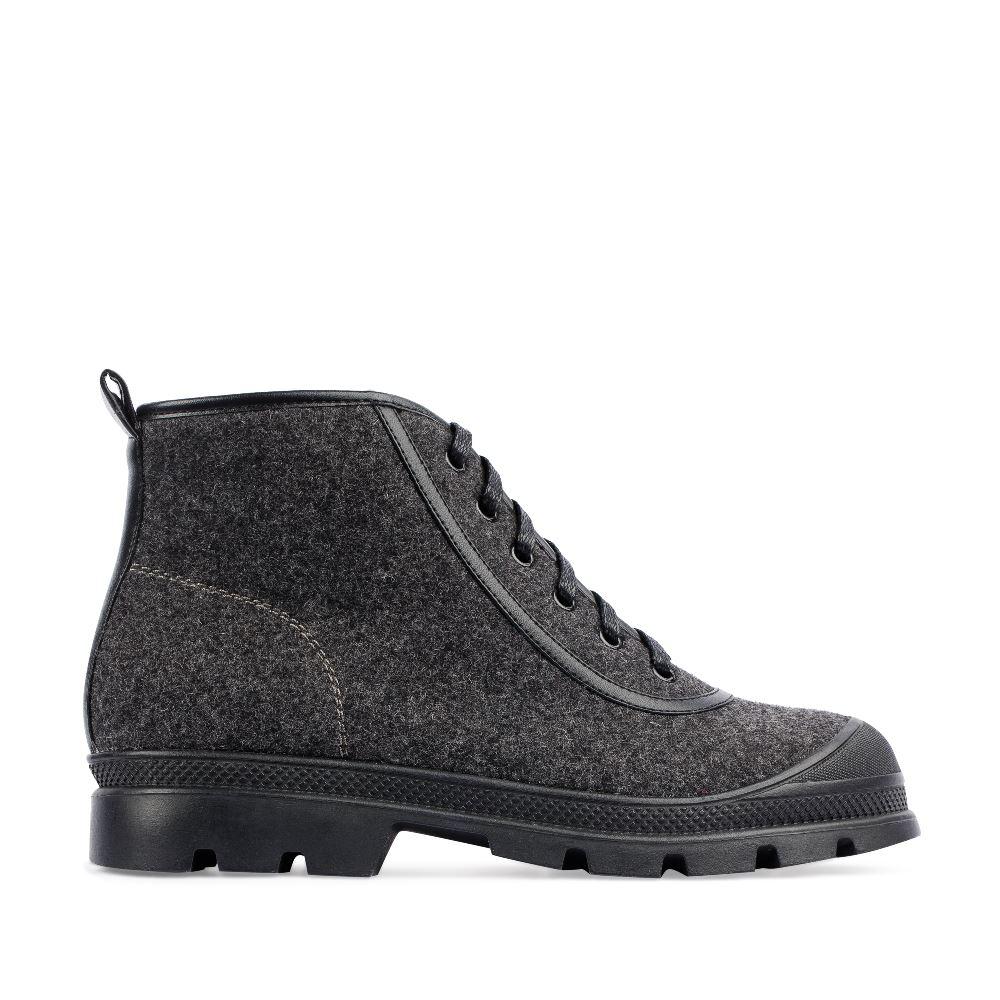 Ботинки из шерсти серого цвета