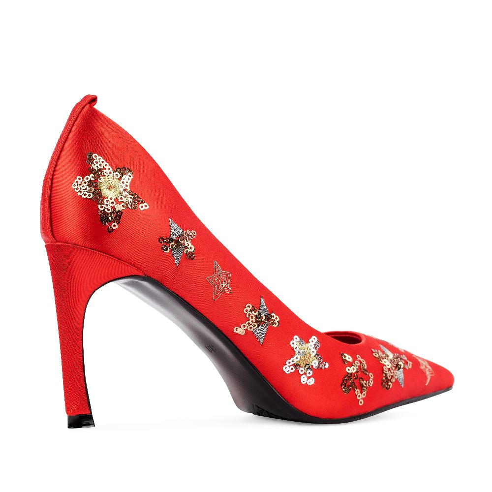 Женские туфли CorsoComo (Корсо Комо) Туфли из атласа красного цвета с аппликациями