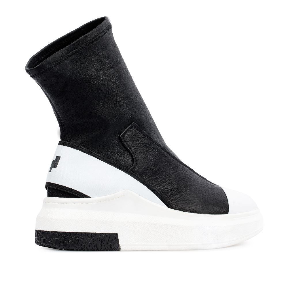 Женские кроссовки CorsoComo (Корсо Комо) 60-3-6688-1A-1