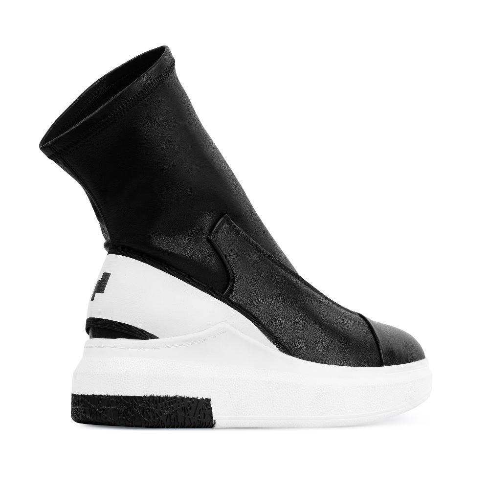 Женские кроссовки CorsoComo (Корсо Комо) 60-3-6688-1A-2