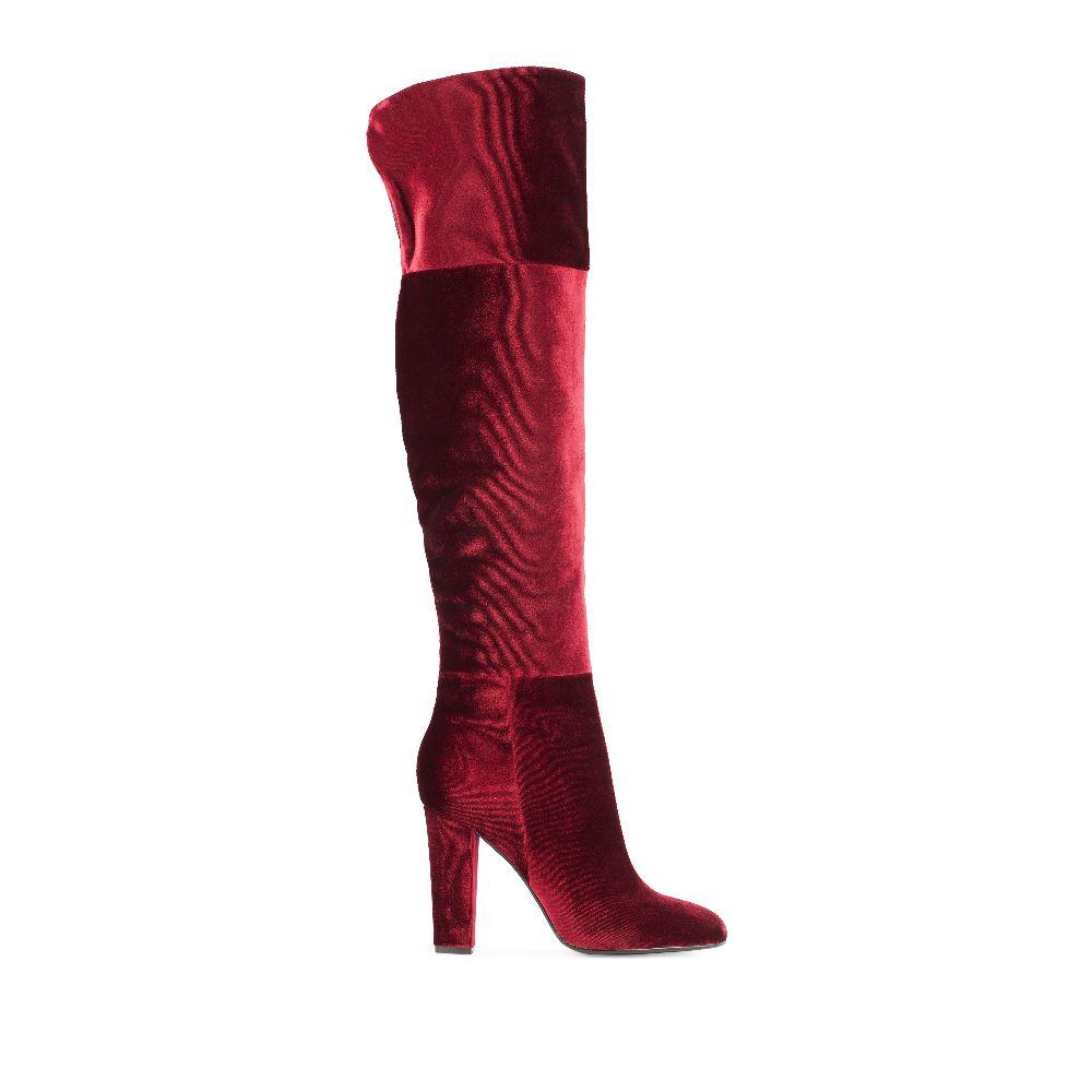 Ботфорты из бархата винного цвета на высоком каблукеБотфорты<br>(модель маломерит)<br><br><br>Материал верха: Бархат<br>Материал подкладки: Текстиль<br>Материал подошвы: Кожа<br>Цвет: Бордовый<br>Высота каблука: 9 см<br>Дизайн: Италия<br>Страна производства: Китай<br><br>Высота каблука: 9 см<br>Материал верха: Бархат<br>Материал подкладки: Текстиль<br>Цвет: Бордовый<br>Пол: Женский<br>Размер обуви: 36