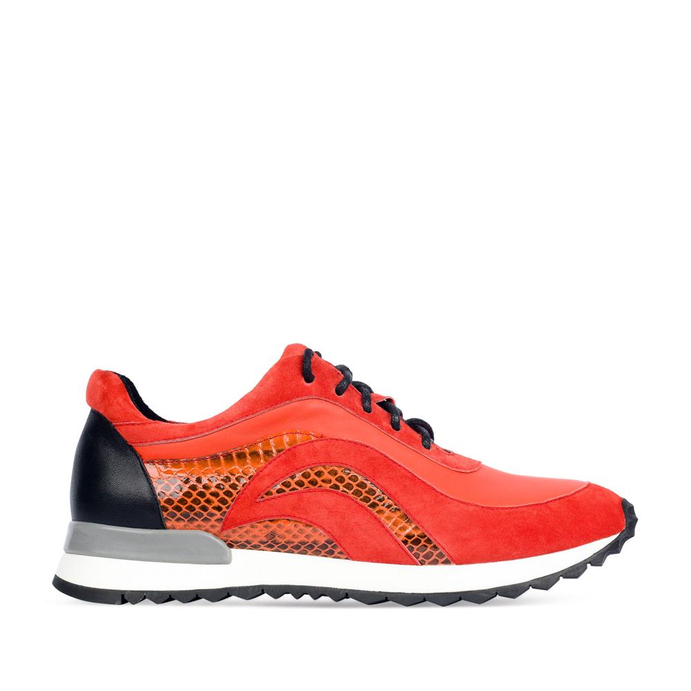 Замшевые кроссовки оранжевого цвета с вставками из кожи змеи