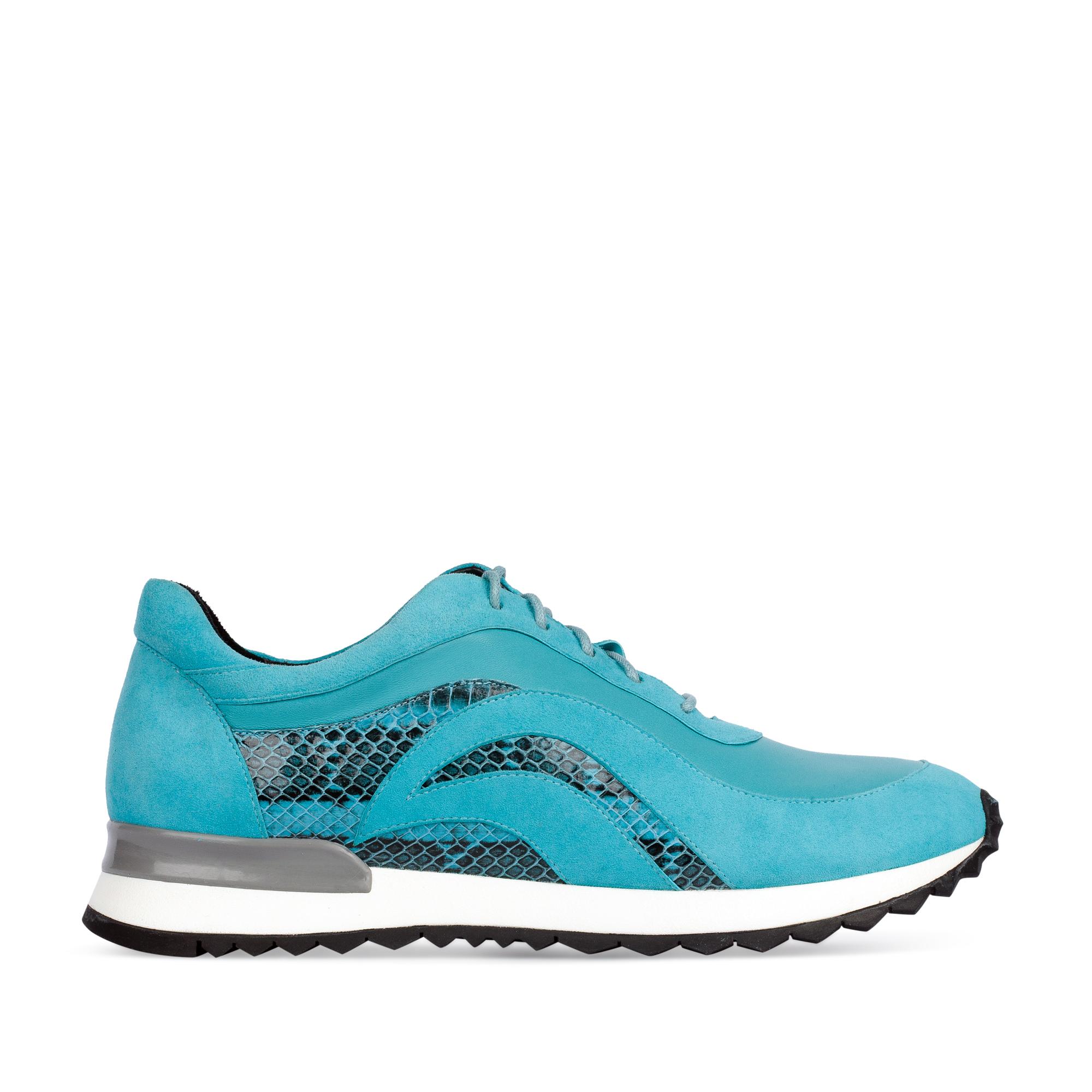 Замшевые кроссовки голубого цвета с вставками из кожи змеи 61-871-80231