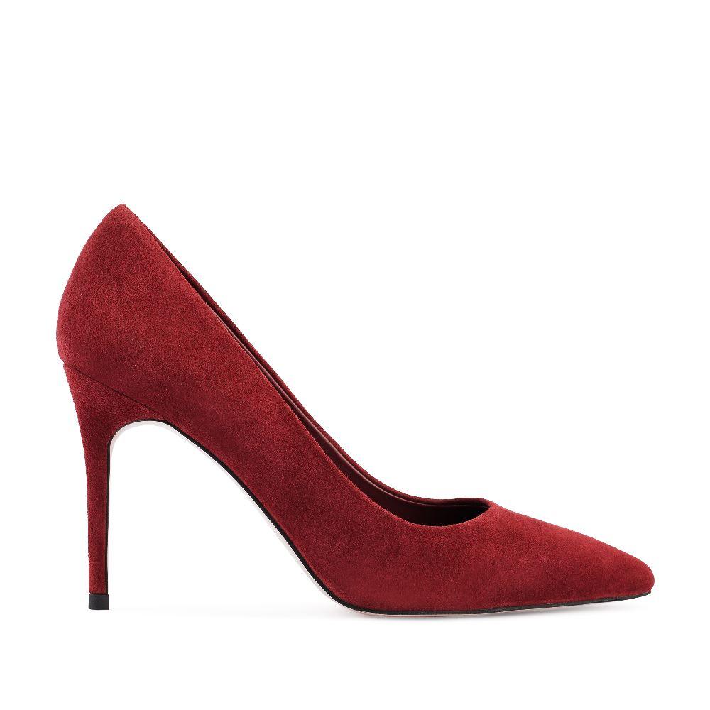 Туфли-лодочки ягодного цвета из замши