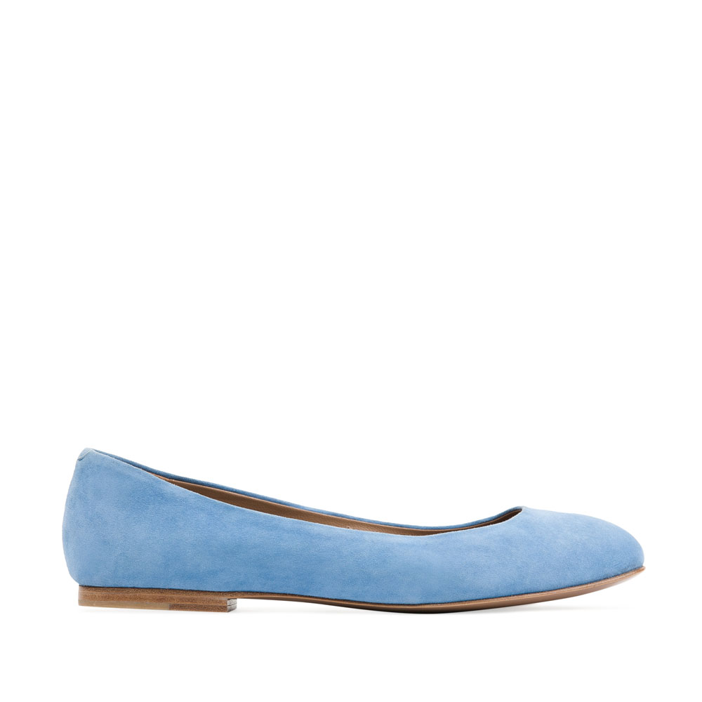 Классические балетки небесно-голубого цвета из замши