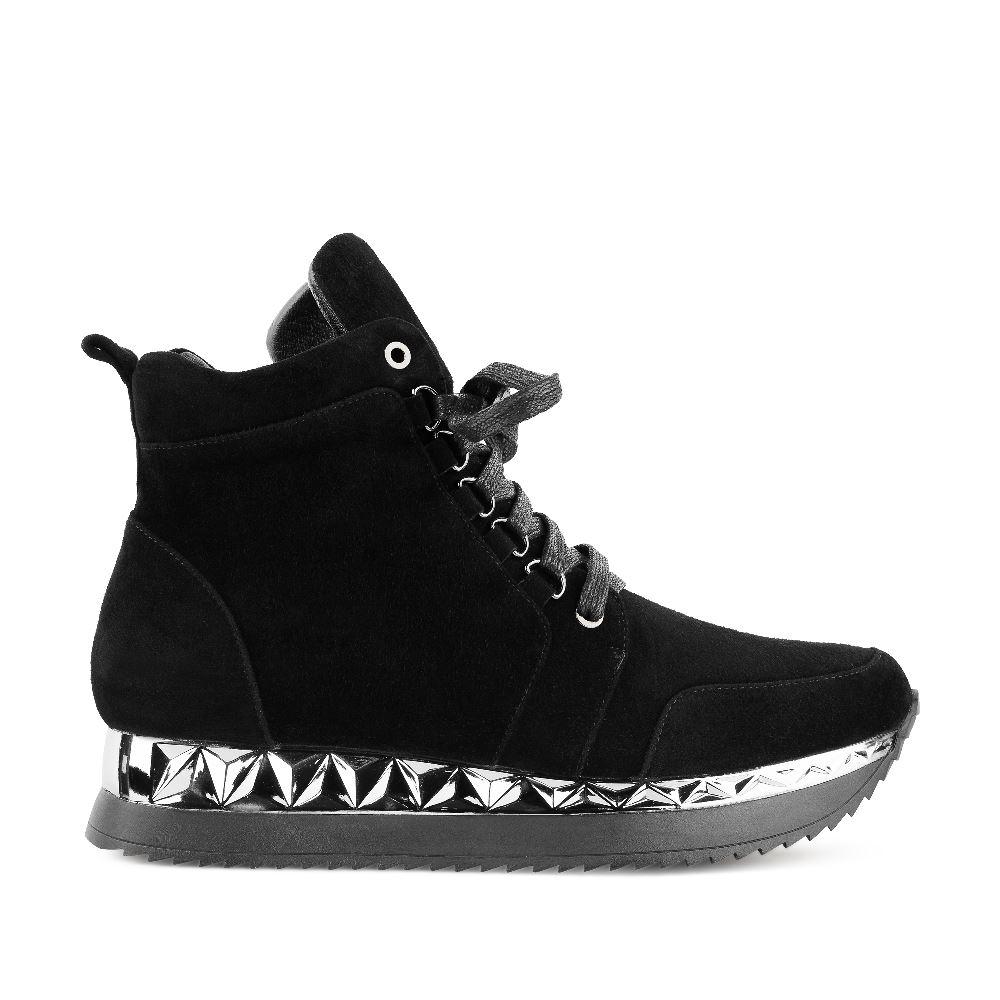 Кроссовки из замши черного цвета на высокой подошве