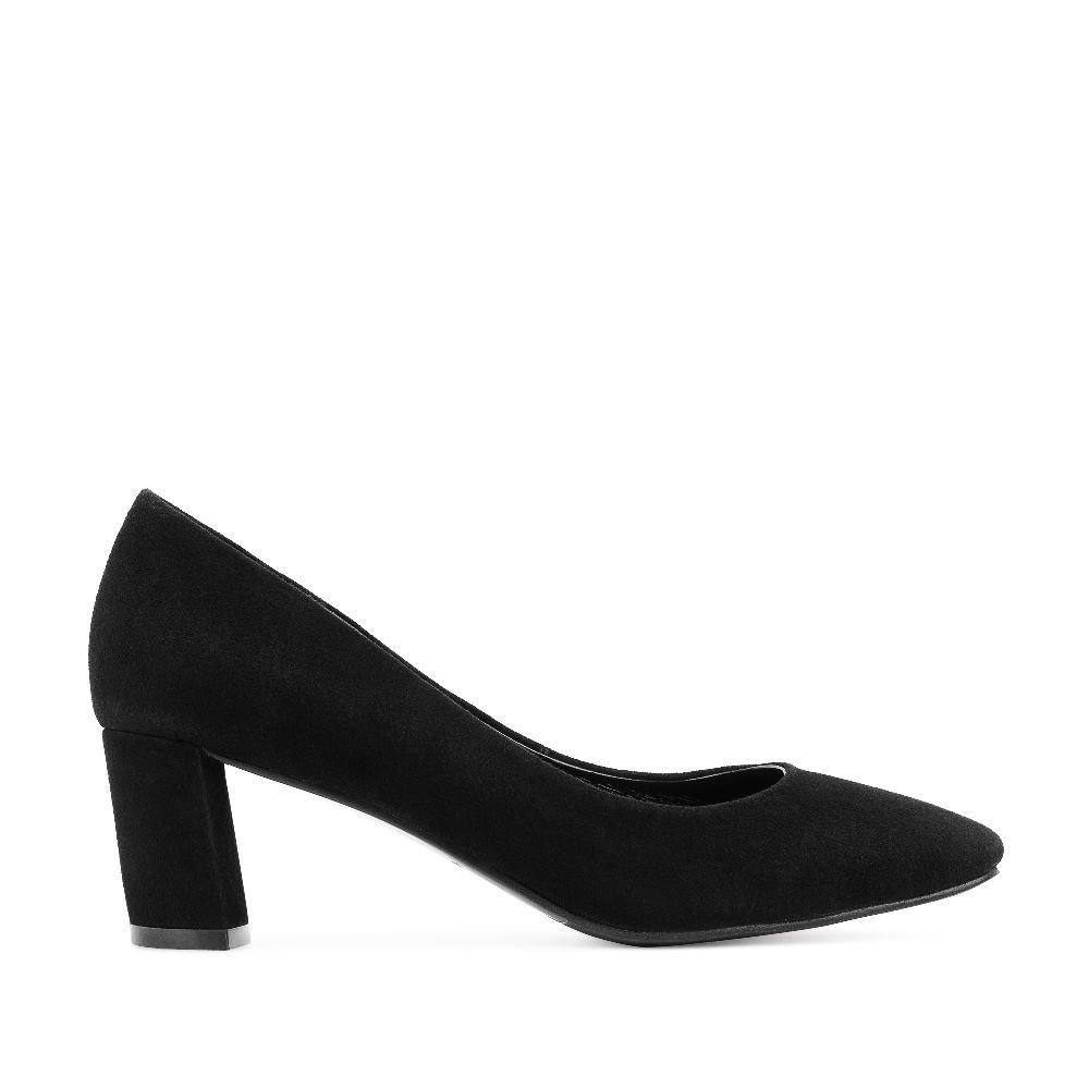 Туфли черного цвета из замши на устойчивом каблуке