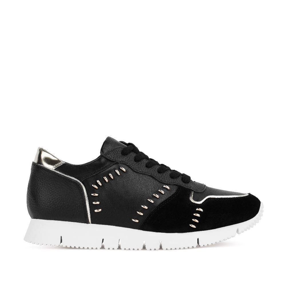 Кроссовки черного цвета с металлическими деталями