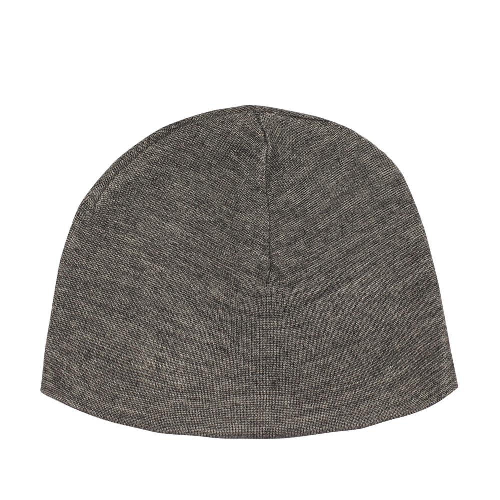 Шапка серого цвета