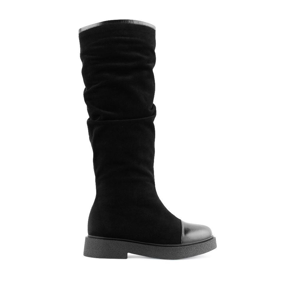 Замшевые сапоги черного цвета с вставкой из кожи