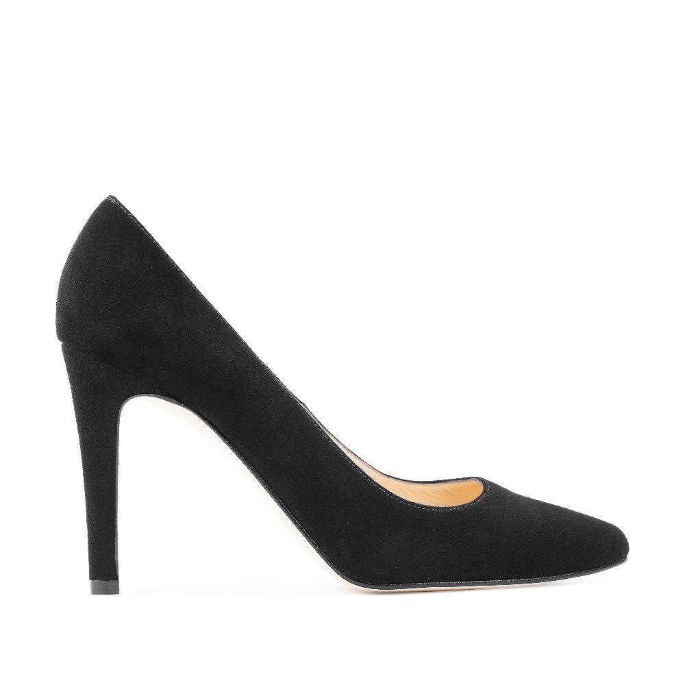 Замшевые туфли-лодочки чёрного цветаТуфли<br><br>Материал верха: Замша<br>Материал подкладки: Кожа<br>Материал подошвы: Кожа<br>Цвет: Черный<br>Высота каблука: 9 см<br>Дизайн: Италия<br>Страна производства: Испания<br><br>Высота каблука: 9 см<br>Материал верха: Замша<br>Материал подкладки: Кожа<br>Цвет: Черный<br>Пол: Женский<br>Размер: 38