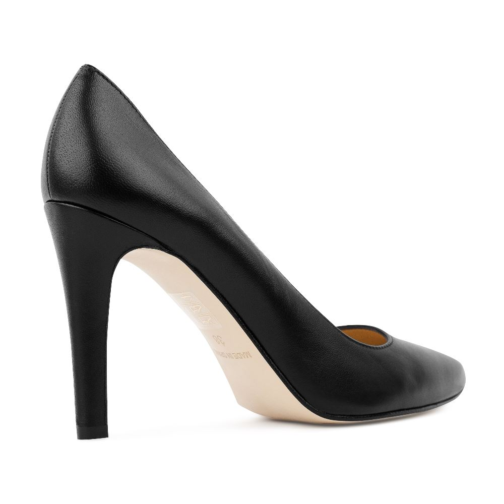 Туфли на каблуке CorsoComo (Корсо Комо) 96-001-3 к.п. Туфли жен кожа черн.