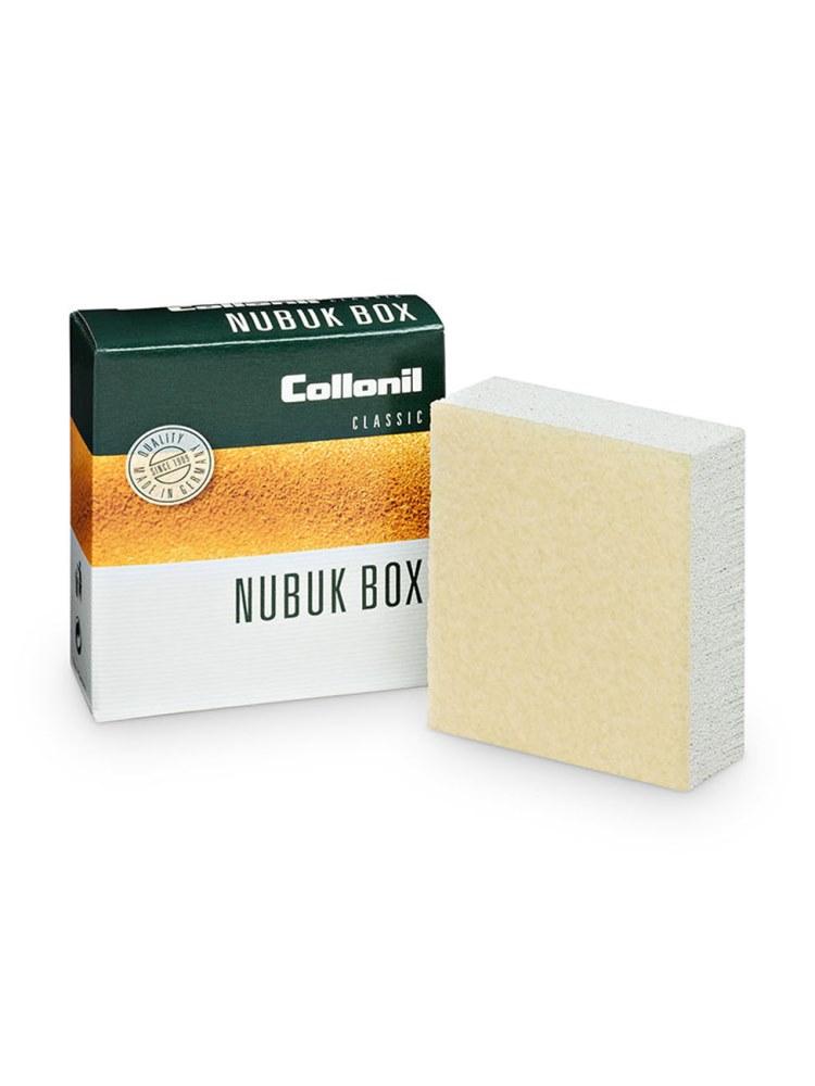 Ластик для замши Nubuk BoxЛастик для замши<br><br>Ластик для щадящей сухой очистки и расчесывания велюровой<br>кожи и нубука.Удаляет поверхностные загрязнения. Восстанавливает<br>бархатистостьзамши, нубука.<br><br>Способ применения: легкими движениями, без сильного нажима<br>потереть требуемый участок до удаления загрязнений.<br><br>Страна производства: Германия<br><br>Вес кг: 1.00000000<br>Размер: Без размера