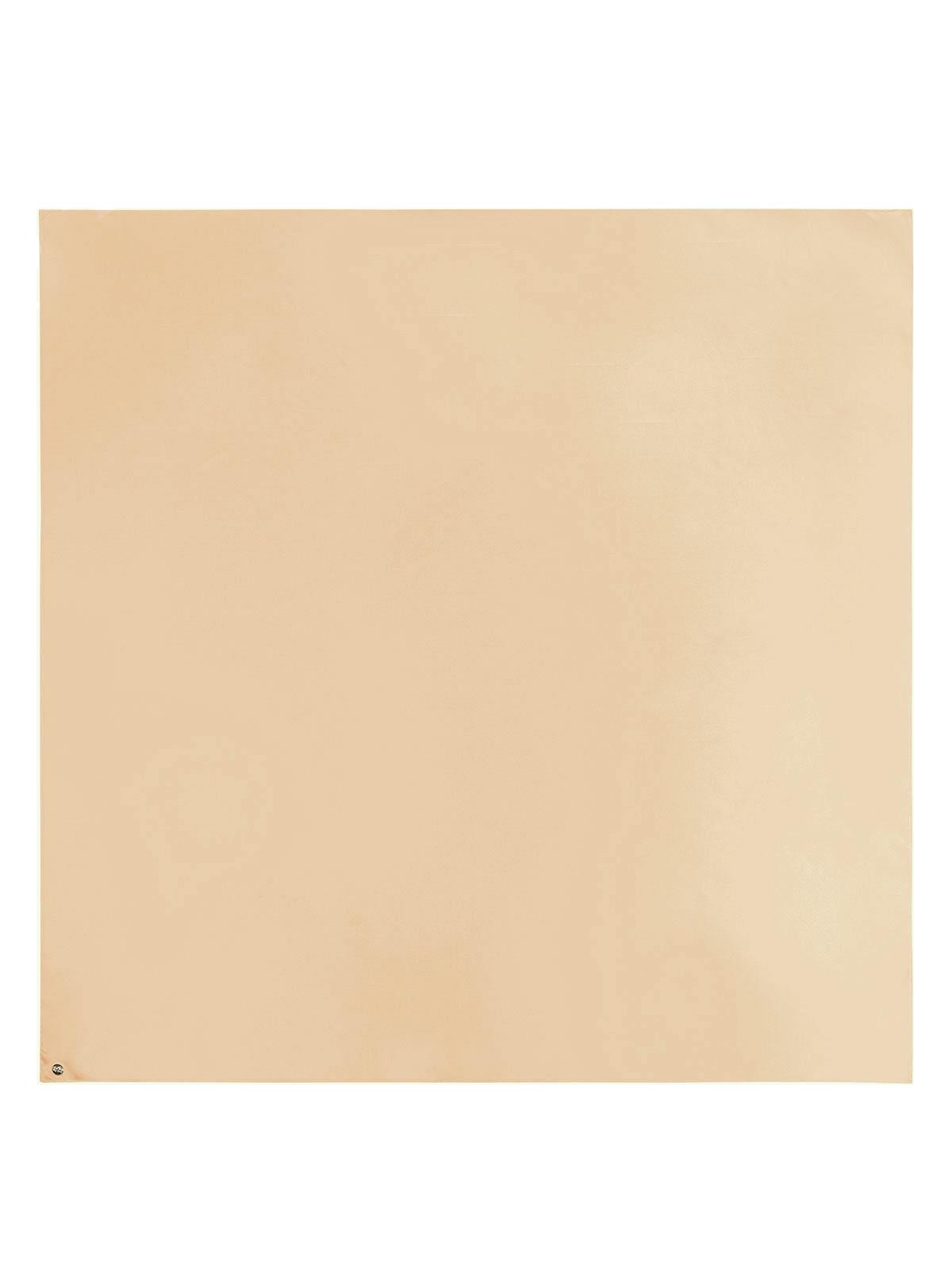 Шарф из шелка бежевого цвета