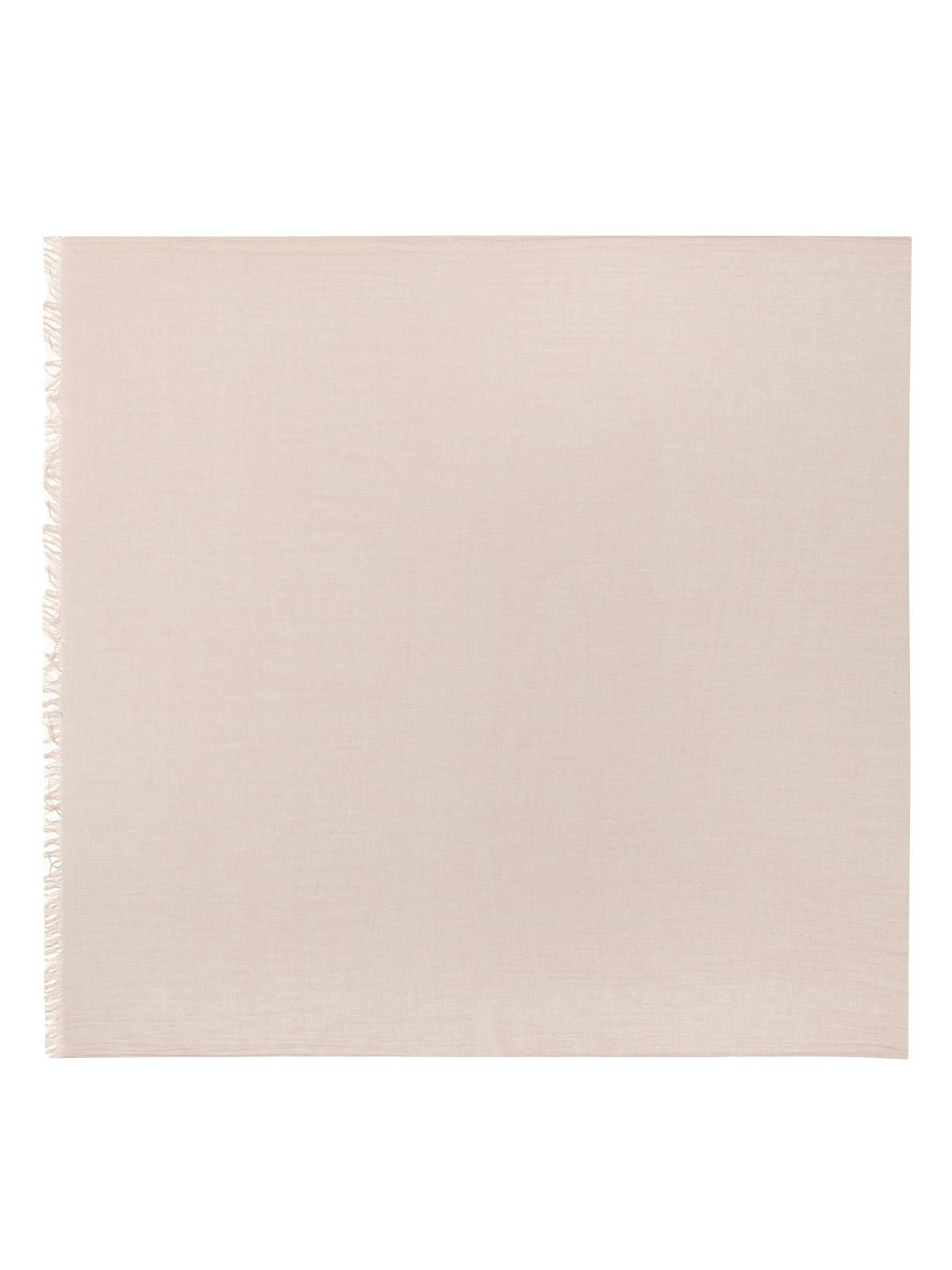 Шарф пепельно-розового цветаШарфы<br><br>Материал верха: Текстиль<br>Цвет: Розовый<br>Дизайн: Италия<br>Страна производства: Италия<br><br>Материал верха: Текстиль<br>Цвет: Розовый<br>Пол: Женский<br>Размер: Без размера