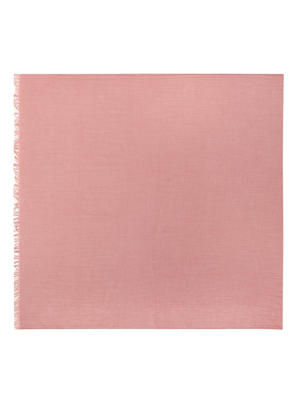 Шарф розового цветаШарфы<br><br>Материал верха: Текстиль<br>Цвет: Розовый<br>Дизайн: Италия<br>Страна производства: Италия<br><br>Материал верха: Текстиль<br>Цвет: Розовый<br>Пол: Женский<br>Размер: Без размера