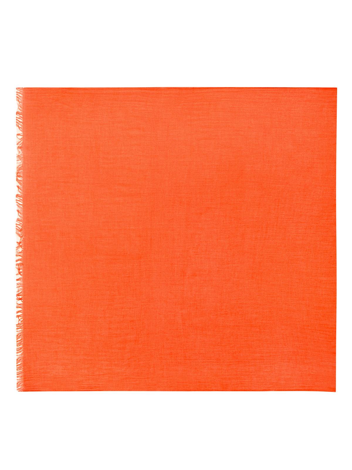 Шарф оранжевого цветаШарфы<br><br>Материал верха: Текстиль<br>Цвет: Оранжевый<br>Дизайн: Италия<br>Страна производства: Италия<br><br>Материал верха: Текстиль<br>Цвет: Оранжевый<br>Пол: Женский<br>Размер: Без размера