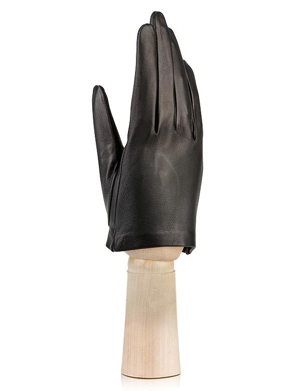 Перчатки из кожи черного цветаПерчатки<br><br>Материал верха: Кожа<br>Цвет: Черный<br>Дизайн: Италия<br>Страна производства: Италия<br><br>Материал верха: Кожа<br>Цвет: Черный<br>Пол: Женский<br>Размер: Без размера