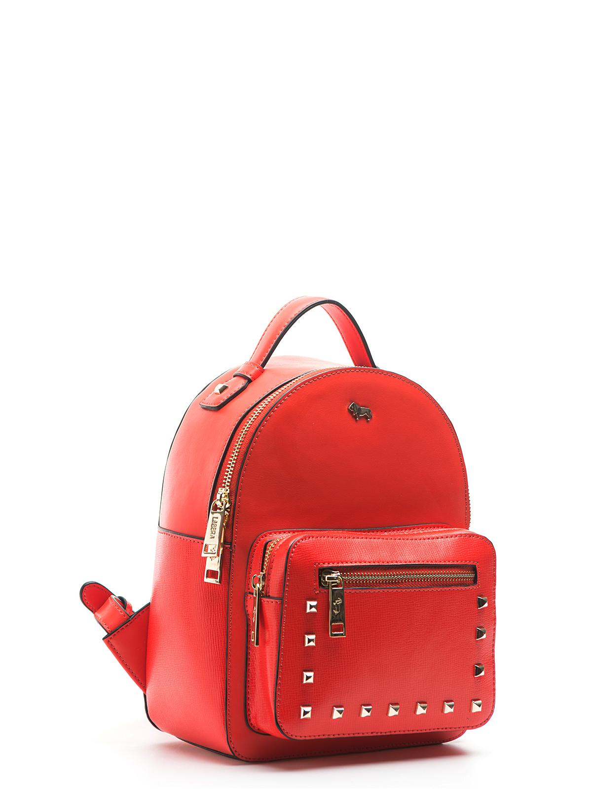Рюкзак из кожи красного цвета с заклепкамиРюкзак<br><br>Материал верха: Кожа<br>Материал подкладки: Кожа<br>Цвет: Красный<br>Размер: 19х11х25<br>Дизайн: Италия<br>Страна производства: Китай<br><br>Материал верха: Кожа<br>Материал подкладки: Кожа<br>Цвет: Красный<br>Пол: Женский<br>Размер: Без размера
