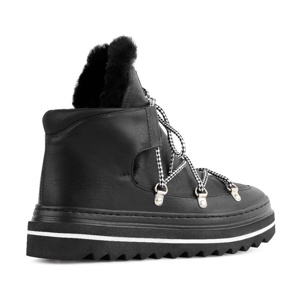 Женские ботинки POBLENOU Ботинки с мехом из кожи чёрного цвета