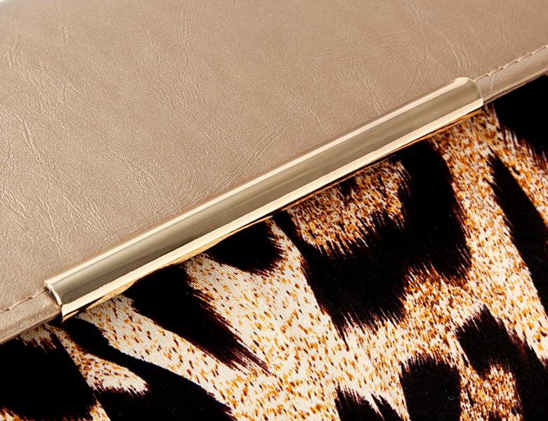 Сумка Eleganzza Клатч из металлизированной кожи и текстиля с принтом